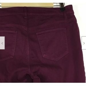 Chico's Pants - Chicos Platinum Pull On Jeggings 0 Small 4 Wine
